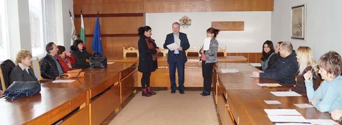 Кметът награди победителите от конкурсите за празнична украса