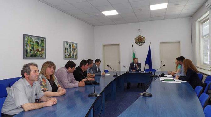 Митко Стайков се ангажира с проблемите на болницата в Омуртаг