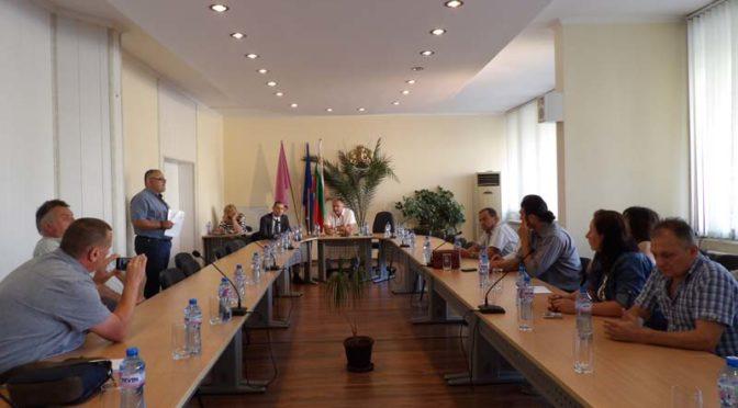 Общинския съвет в Попово не заседава  поради липсата на кворум