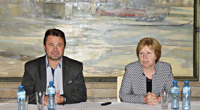 Народният представител проф. Светла Бъчварова с пет приемни в областта