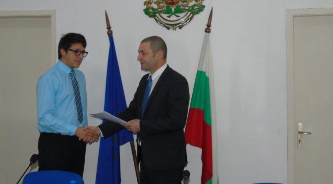 Областният управител връчи EUROPASS сертификати на ученици от ПГТЛП Попово