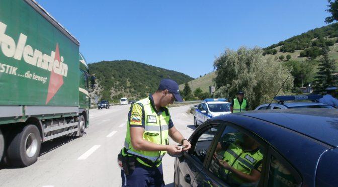 110 нарушения на превишена скорост за два часа на участък от пътя София-Варна в община Търговище