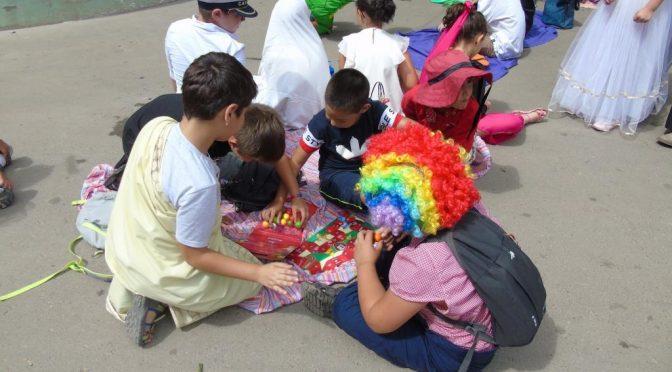 Заместник областният управител беше гост на детски карнавал