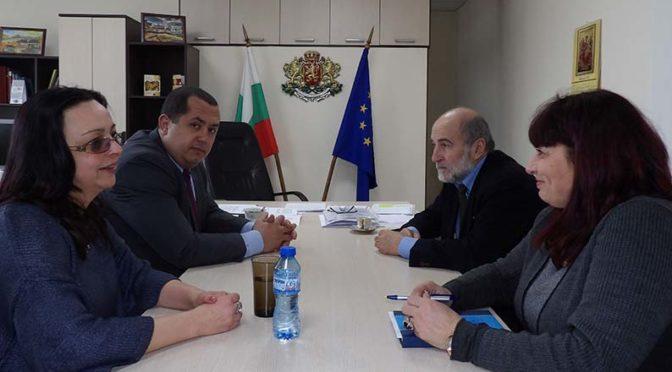 Областният управител се срещна с шефа на полицията и с председателя на РИК