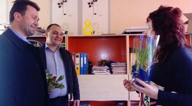 Проф. Бъчварова поздрави дамите от детските градини в Търговище