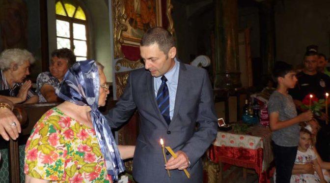 """Първи пет безплатни кръщенета в църквата """"Свети Димитър"""" в Омуртаг на големия християнски празник Петровден"""