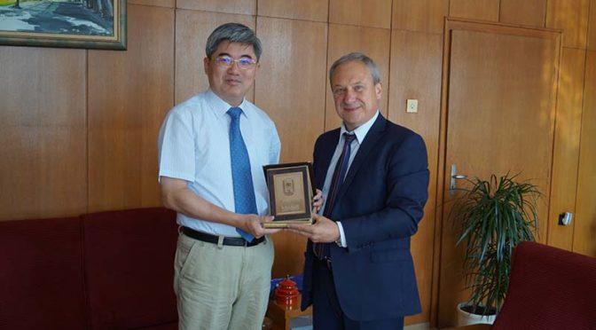 Кметът на Търговище се срещна с посланика на Китай