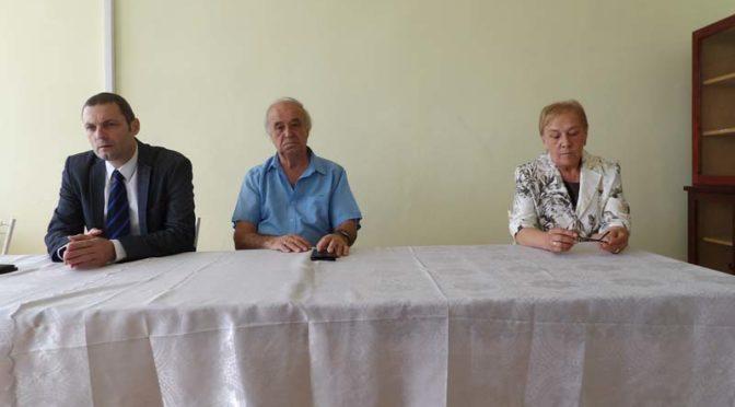Областният управител Митко Стайков се запозна с обстановката в МБАЛ-Омуртаг