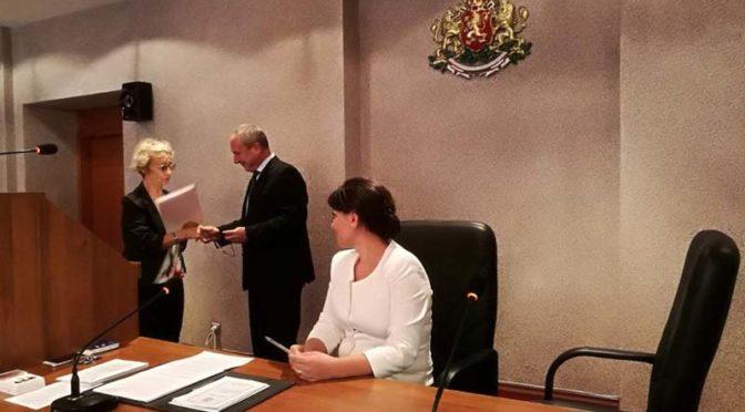 Кметът връчи наградата за текста на химна на Търговище