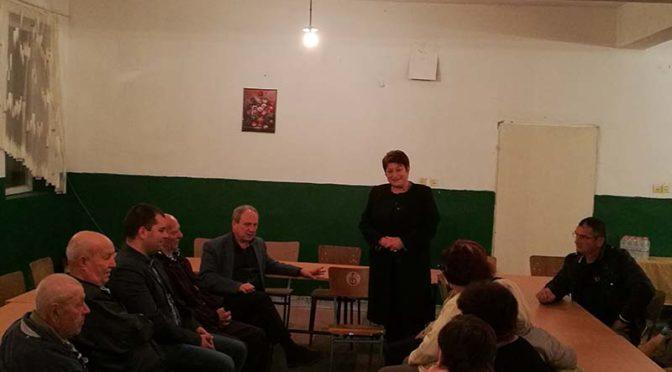 Народният представител от ПП ГЕРБ д-р Венка Стоянова проведе срещи с  жители от малките населени места в Област Търговище