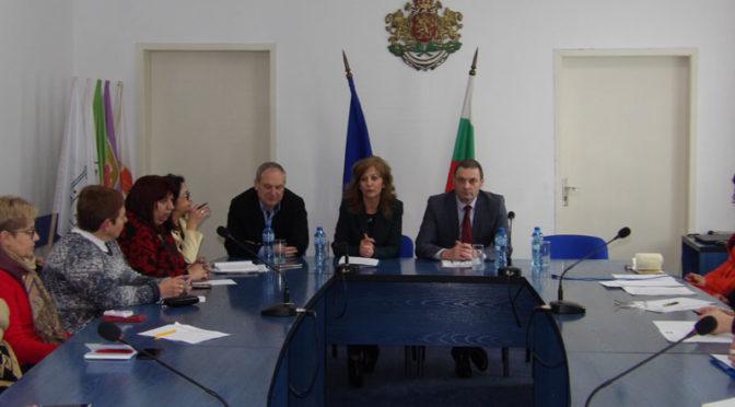Работна среща със заместник-министъра на труда и социалната политика Росица Димитрова