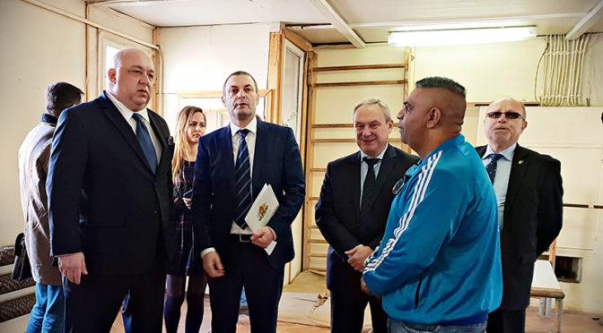 Министърът на спорта Красен Кралев бе на работно посещение в Търговище