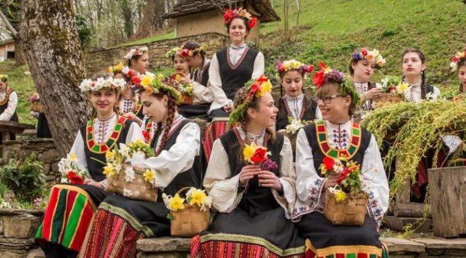 Над 2200 са имениците на Лазаровден и Цветница в община Търговище