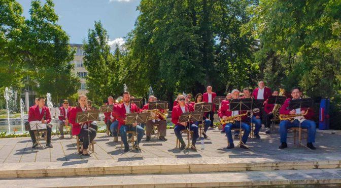 Започват летните концерти на открито на Духовия оркестър