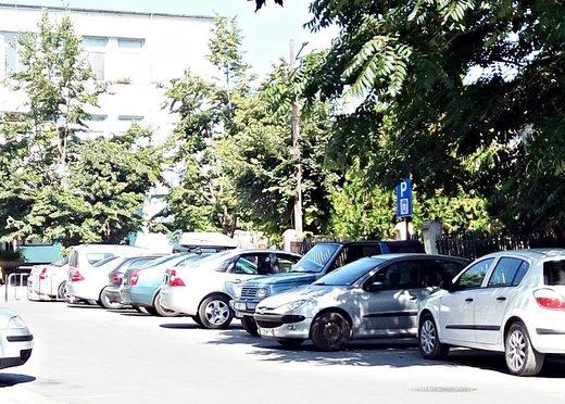 Общинските паркинги в Търговище отново стават платени