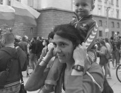 НАШИТЕ ДЕЦА И ВНУЦИ ДА ОСТАВАТ В БЪЛГАРИЯ!