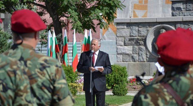 Ген. Кольо Милев: Проблемите в армията да се решават с повече лидерство и експертност, настоящото ръководство на военното министерство пропиля много време